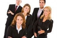 Pracownik administracyjno-biurowy z językiem migowym
